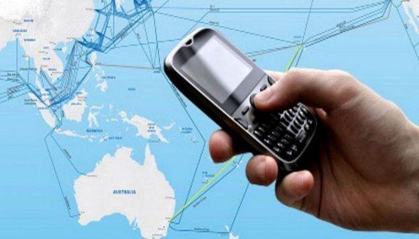 Come rimanere connessi dall'estero: gli hotspot e le tariffe degli operatori