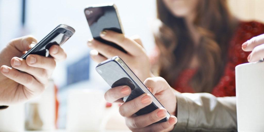 Il mercato della telefonia mobile in Italia e nel resto d'Europa: la tesi di Mattia Carotenuto