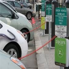 Auto elettriche: aumentano le colonnine nel 2019