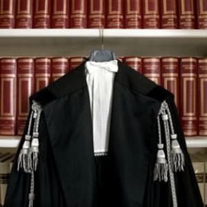 Polizza professionale avvocati obbligatoria da ottobre 2016