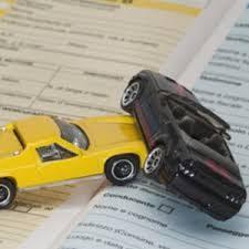 Firstcarquote Assicurazione Auto: app Facebook per risparmiare