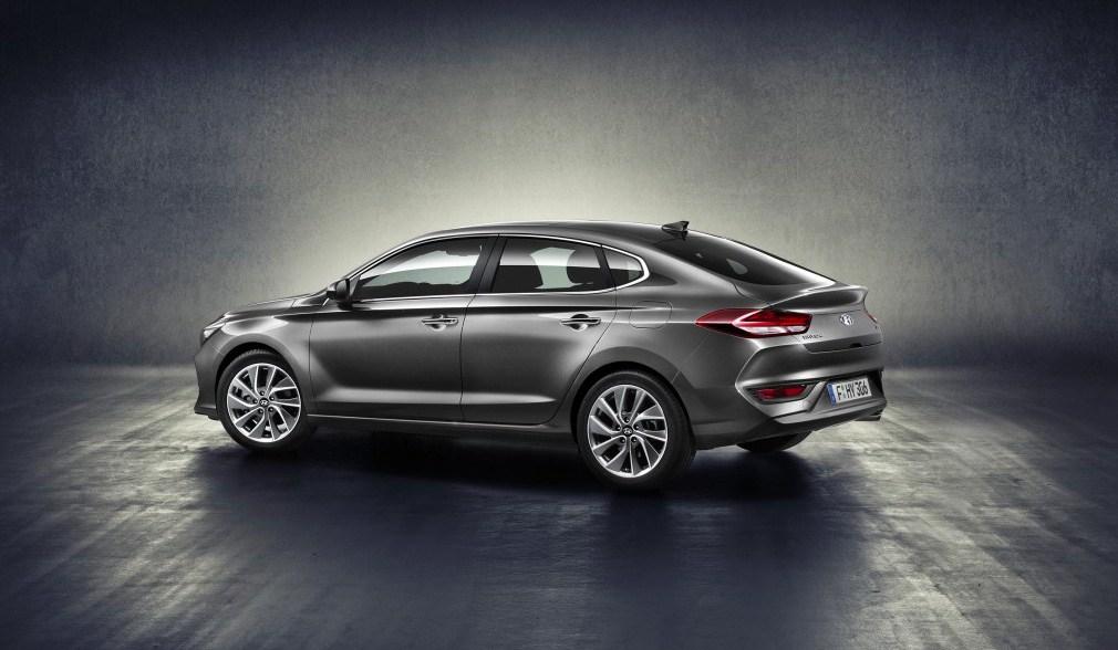 Hyundai i30 Fastback: stile sportivo con gran comfort