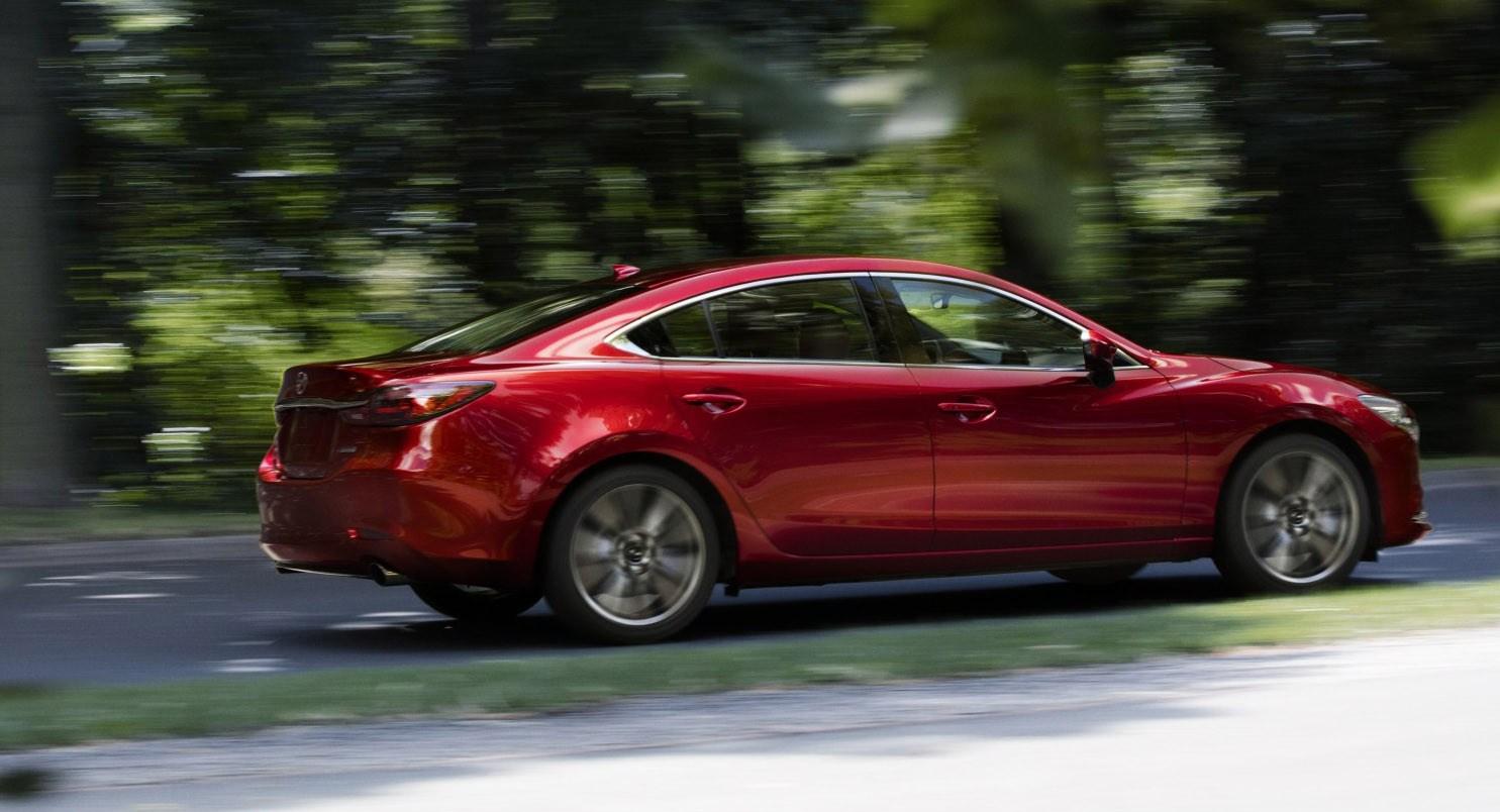Mazda 6: restyling della berlina da 253 CV