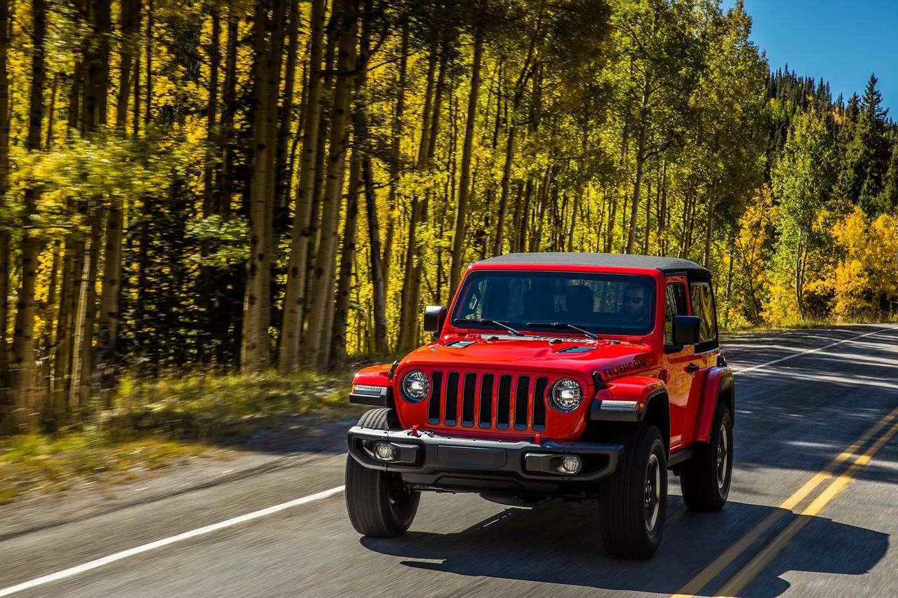 Jeep Wrangler: la 4×4 è ancora più sicura, tecnologica e leggera
