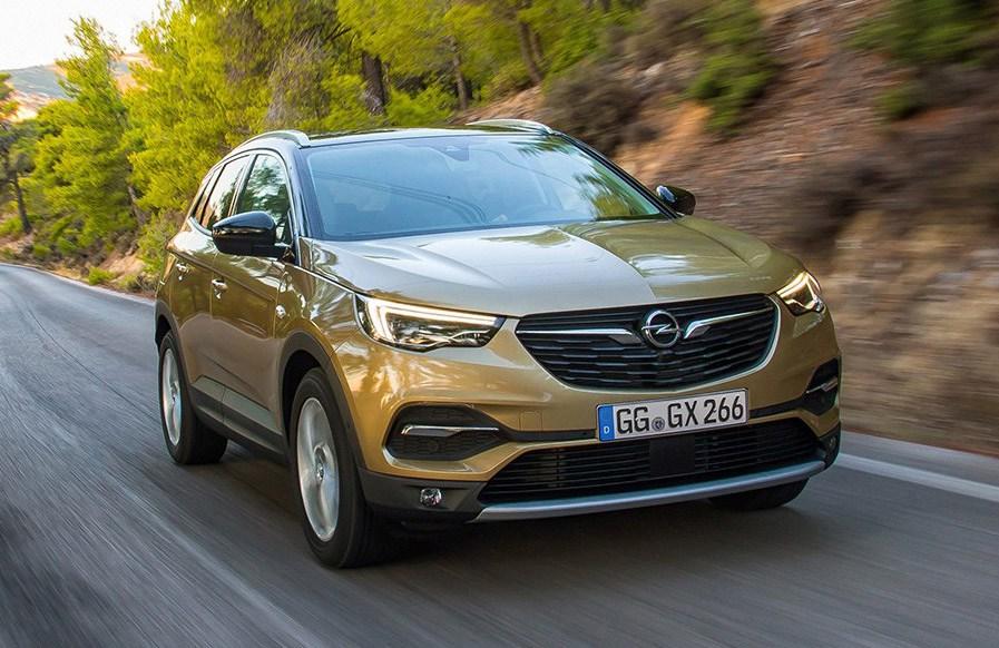 Opel Grandland X: per il 2018, c'è anche il 2.0 diesel da 177 CV