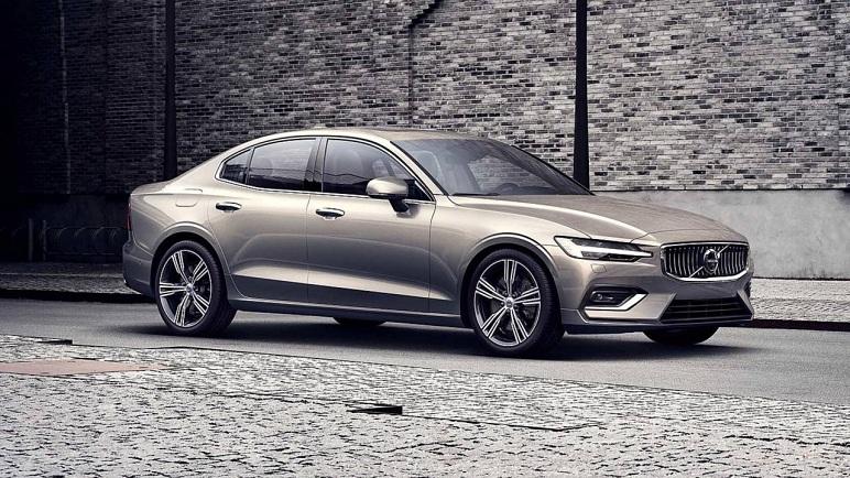 Volvo S60: le caratteristiche della berlina svedese. Anche ibrida