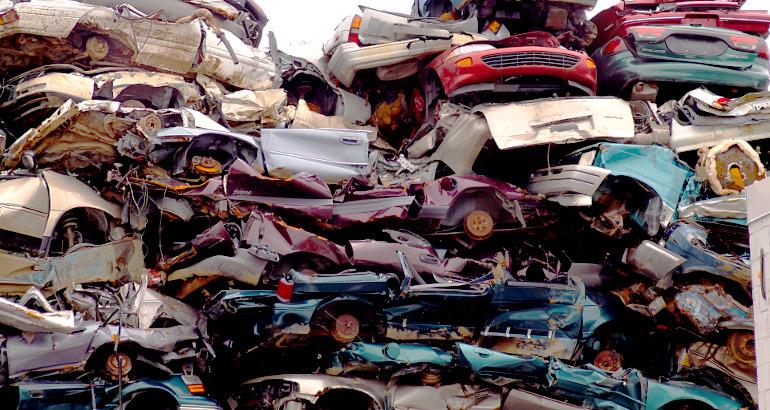 Rottamazione auto: come fare e quanto costa
