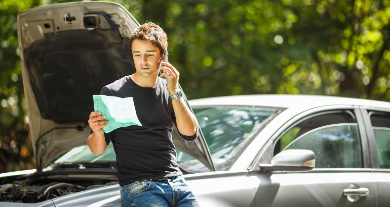 Assicurazione auto: prezzi alti sotto i 26 anni