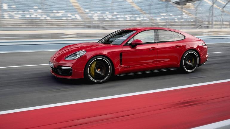 Porsche Panamera GTS 2019: le caratteristiche dei suoi 460 CV