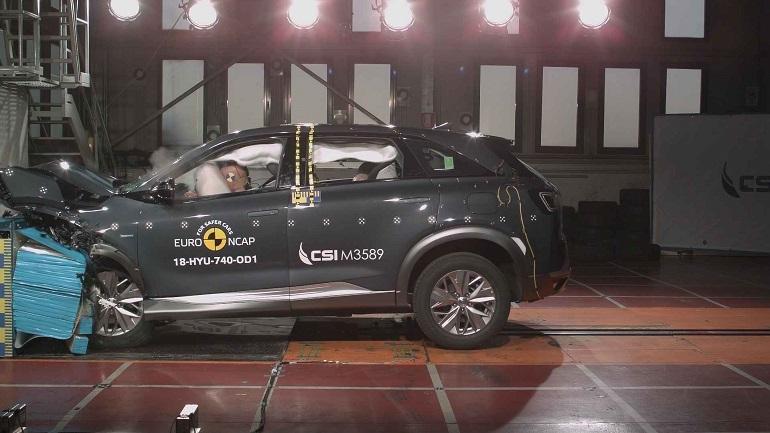 """Test Euro NCap: Hyundai Nexo, prima """"idrogeno"""" a 5 stelle"""