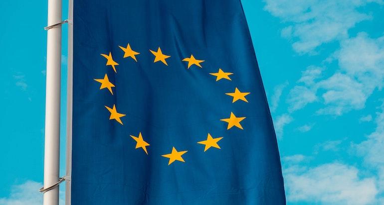 Chiamate e sms meno cari in UE e non solo: nuove norme dal 2019