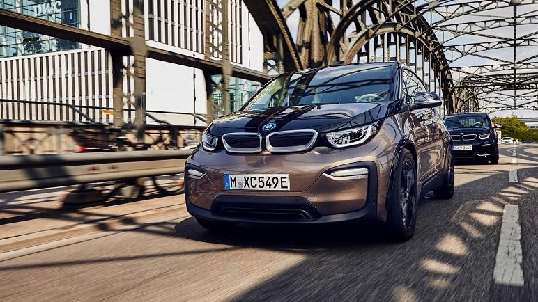 BMW i3 120 Ah 2019: 359 km di autonomia. Le caratteristiche