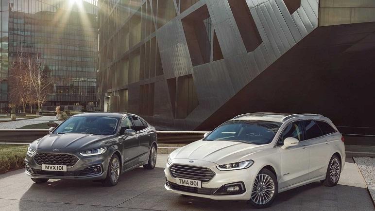 Ford Mondeo 2019: arriva l'ibrida wagon. Ecco le caratteristiche