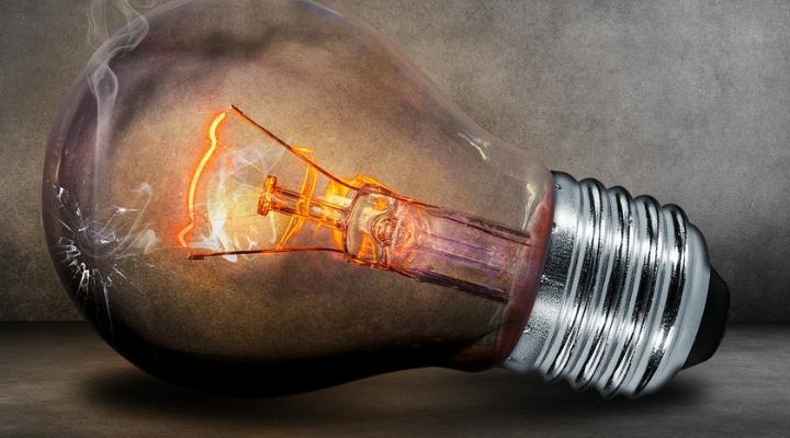 Calcolo consumo elettrico: capire meglio quanto si paga