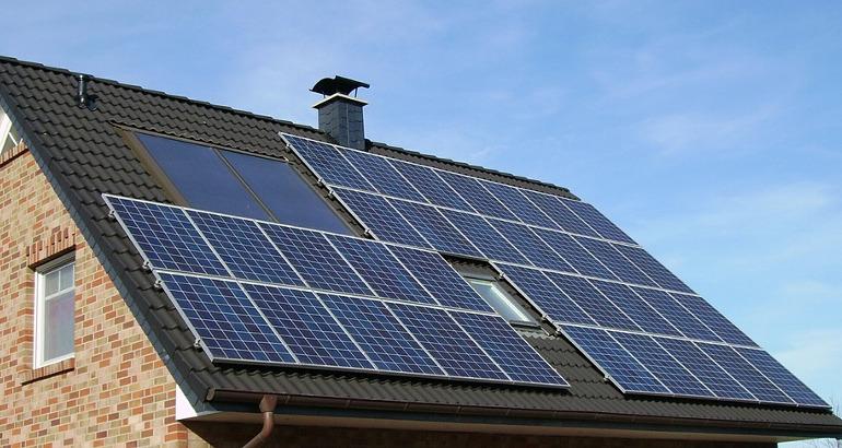 Impianti fotovoltaici vantaggi e svantaggi: una scelta per risparmiare energia