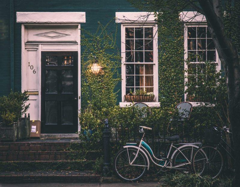 Assicurazione casa vacanze: come funziona e cosa copre?