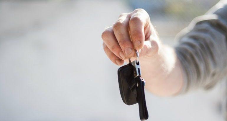 Auto cointestata assicurazione singola: una soluzione vantaggiosa?