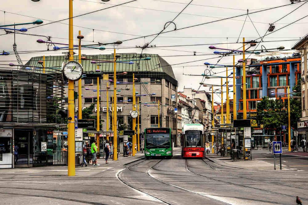 L'assicurazione autobus e filobus