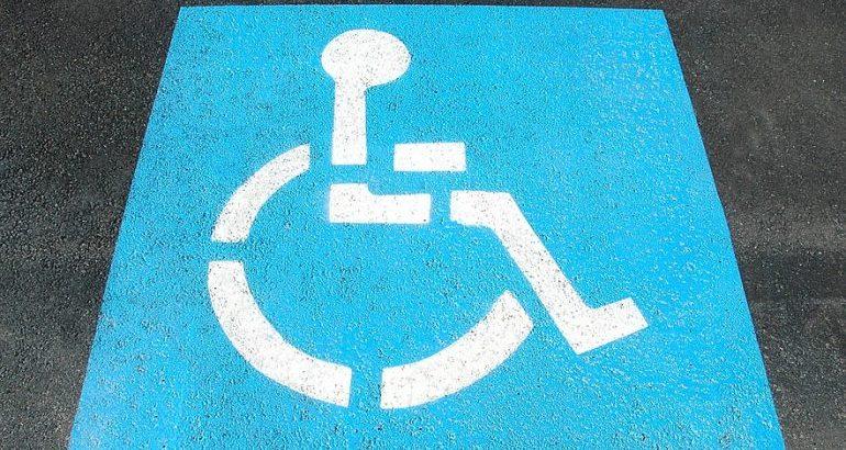 Auto per disabili: agevolazioni acquisto, assicurazione e bollo