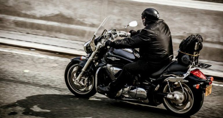 Quale cilindrata di moto può andare in autostrada?