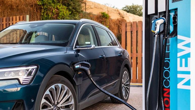 Audi e-tron: caratteristiche della e-car della casa