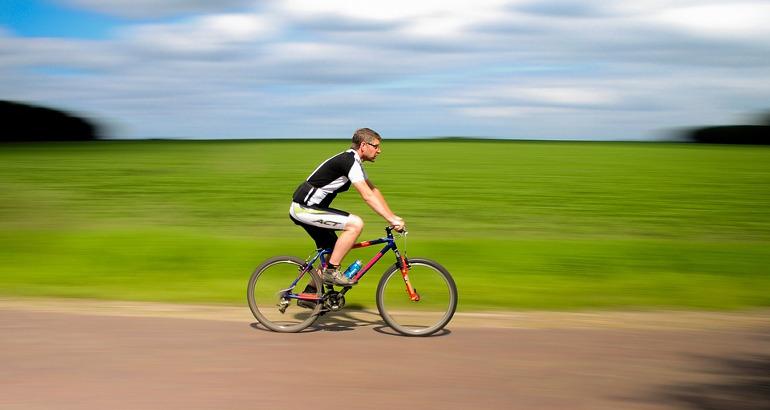 Nuovo Codice della Strada: sì può circolare in bicicletta contromano?
