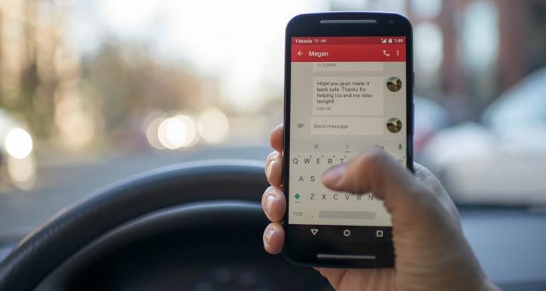 Cellulare alla guida: aumento delle sanzioni nel 2019