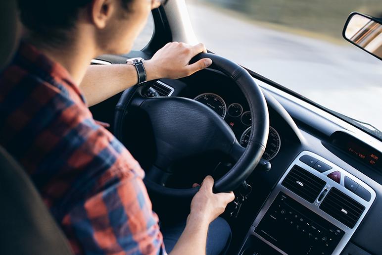 Cos'è il conducente abituale nell'assicurazione auto?