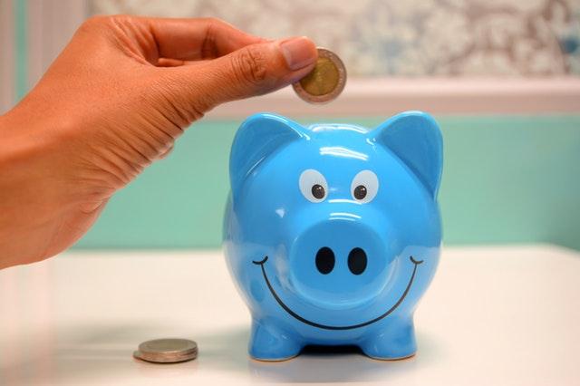 Assicurazioni auto economiche: 4 cose a cui fare attenzione
