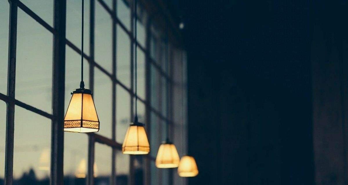 Migliori offerte luce: confronto tariffe agosto 2020