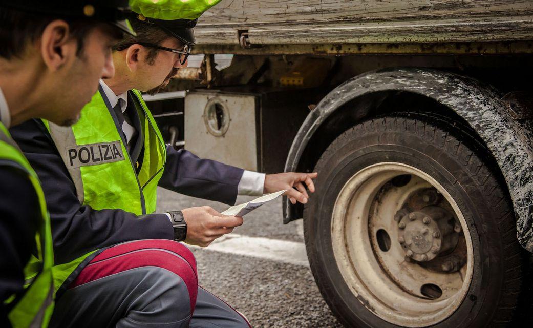 Misure pneumatici auto, moto e scooter: dove trovarle