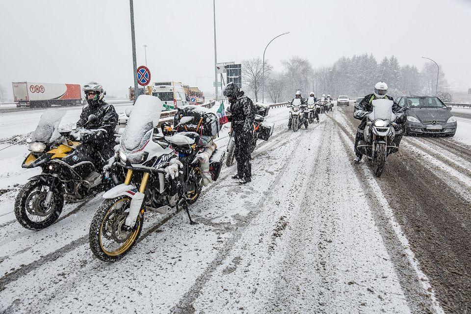Pneumatici invernali moto e scooter: esiste l'obbligo?