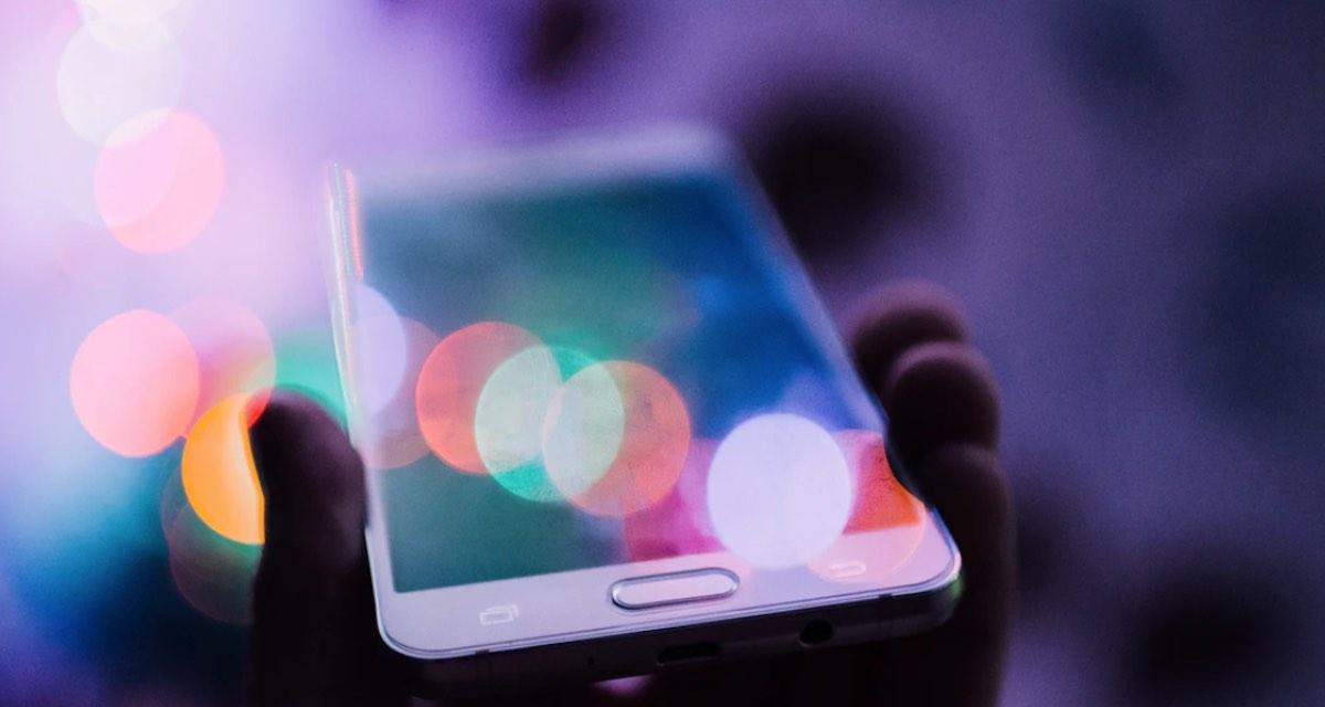 Velocità Internet mobile: quali operatori la limitano