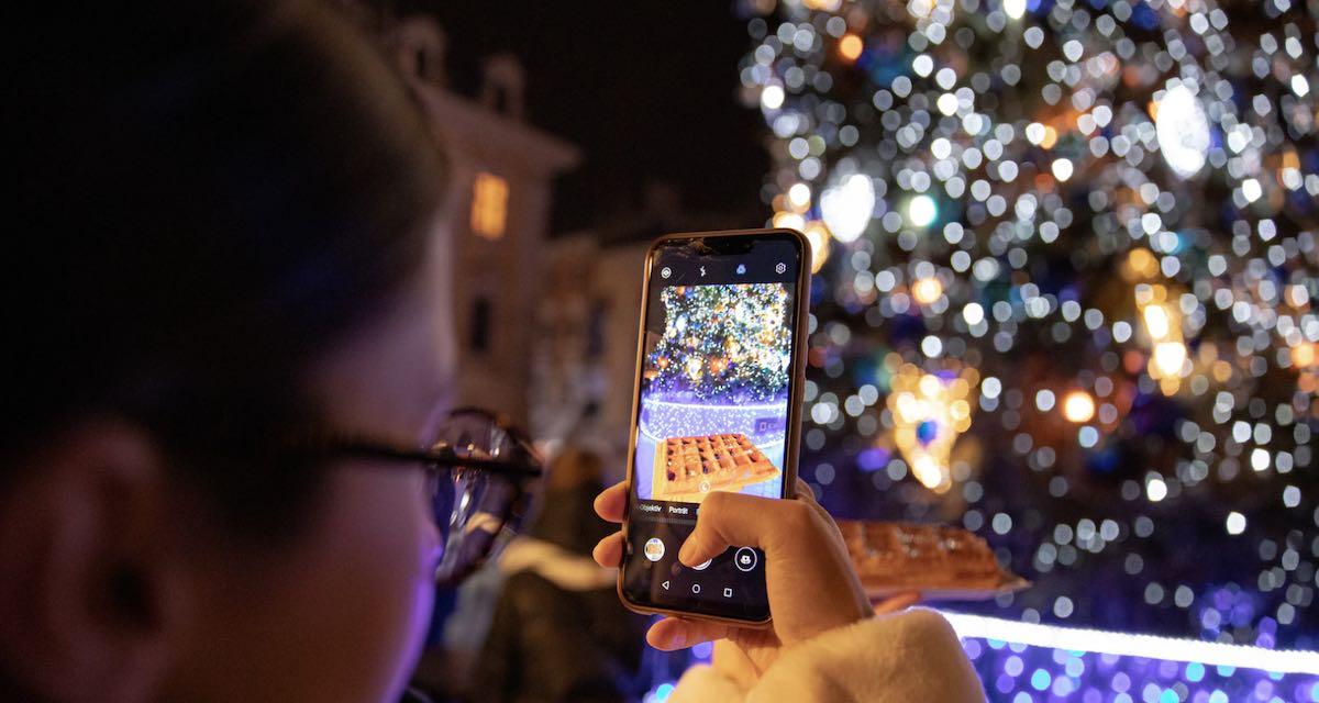 Offerte cellulari Natale 2020: le promozioni degli operatori telefonici